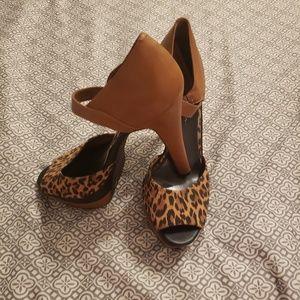 Jessica Simpson cheetah print heeled sandal